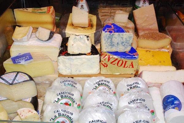galleria-formaggi-macelleria-paltrinieri-quality-food-ferrara1
