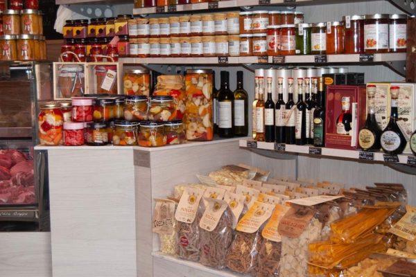 galleria-pasta-vasetti-macelleria-paltrinieri-quality-food-ferrara2