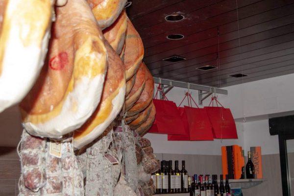 galleria-salumi-macelleria-paltrinieri-quality-food-ferrara2