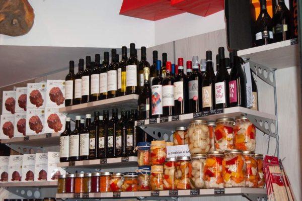 galleria-vino-macelleria-paltrinieri-quality-food-ferrara1
